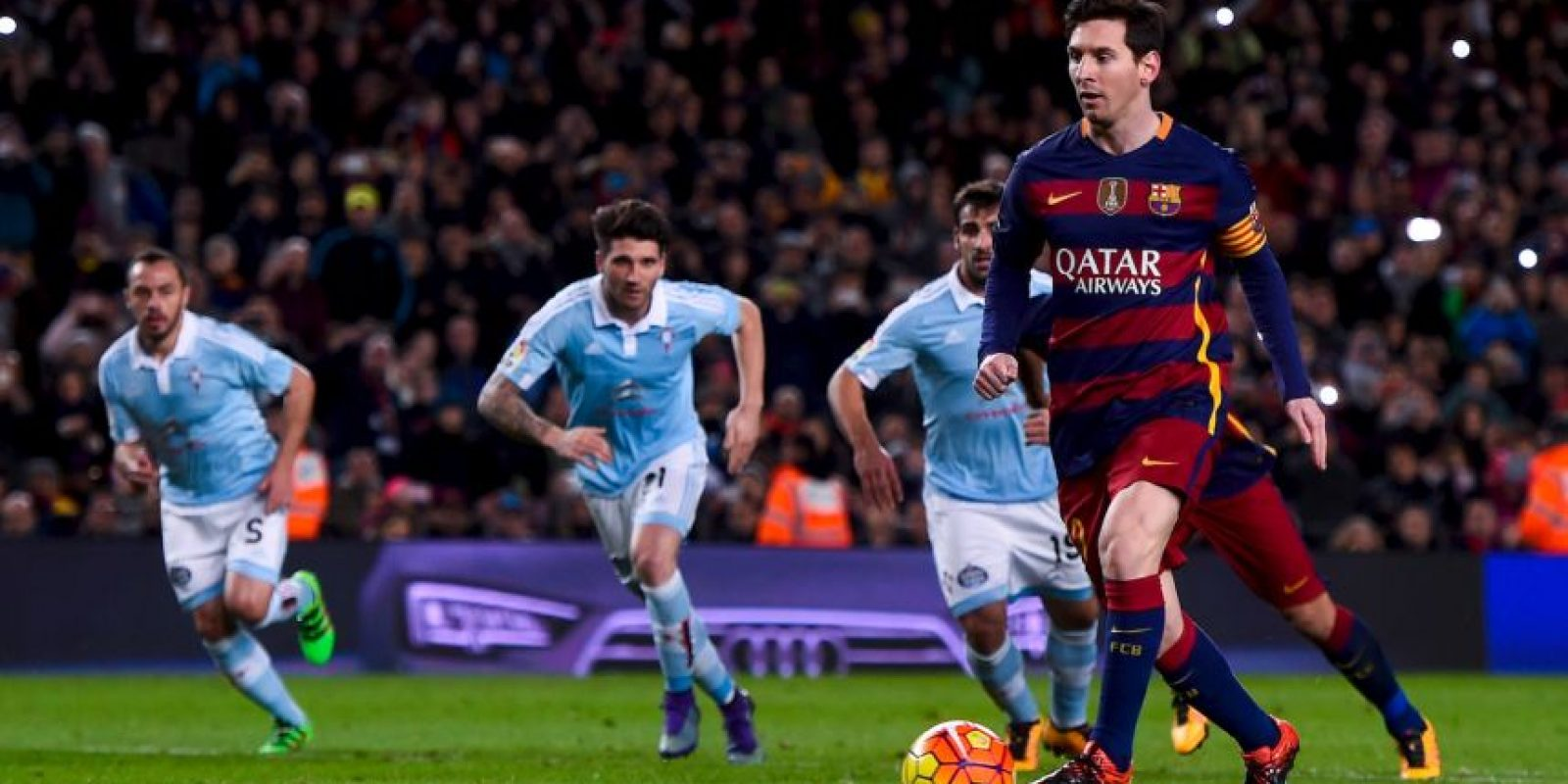 El penal indirecto de Lionel Messi y Luis Suárez se viralizó Foto:Getty Images
