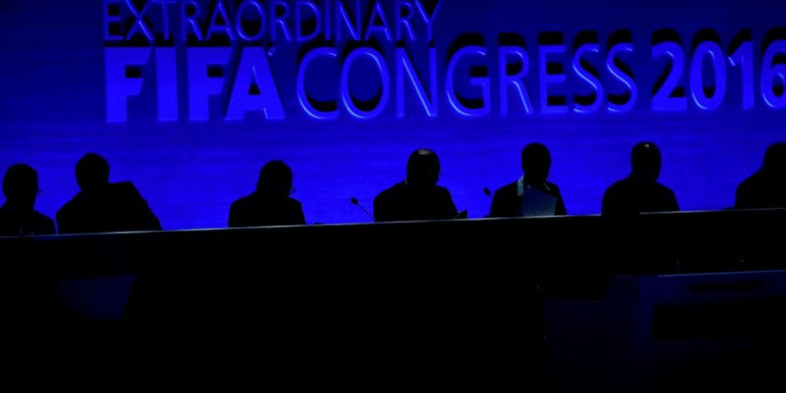 2. Se sustituirá el actual Comité Ejecutivo de la FIFA por un nuevo Consejo, cuyos miembros solo podrán ejercer tres mandatos de cuatro años Foto:Getty Images