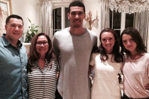 Con el basquetbolista Danny Green Foto:Vía Instagram/@maya_henry
