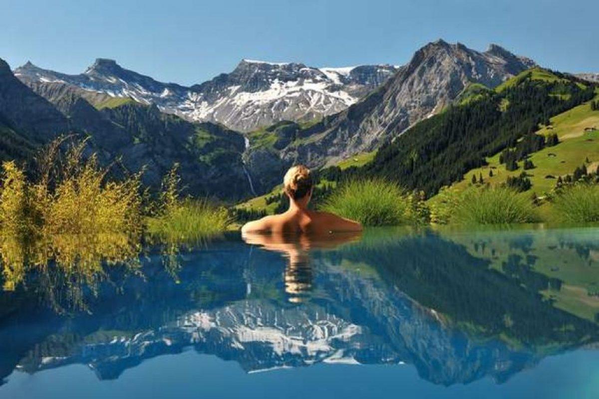 The Cambrian Hotel, Suecia. The Cambrian se encuentra entre los 20 mejores hoteles de su país y cuenta con una piscina que ofrece una vista impresionante a los Alpes suizos. Foto:Wikicommons