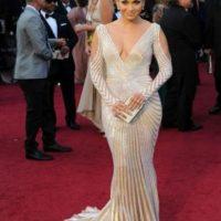 JLo recordando cómo se vestiría la Kardashian en los próximos años. Foto:vía Getty Images