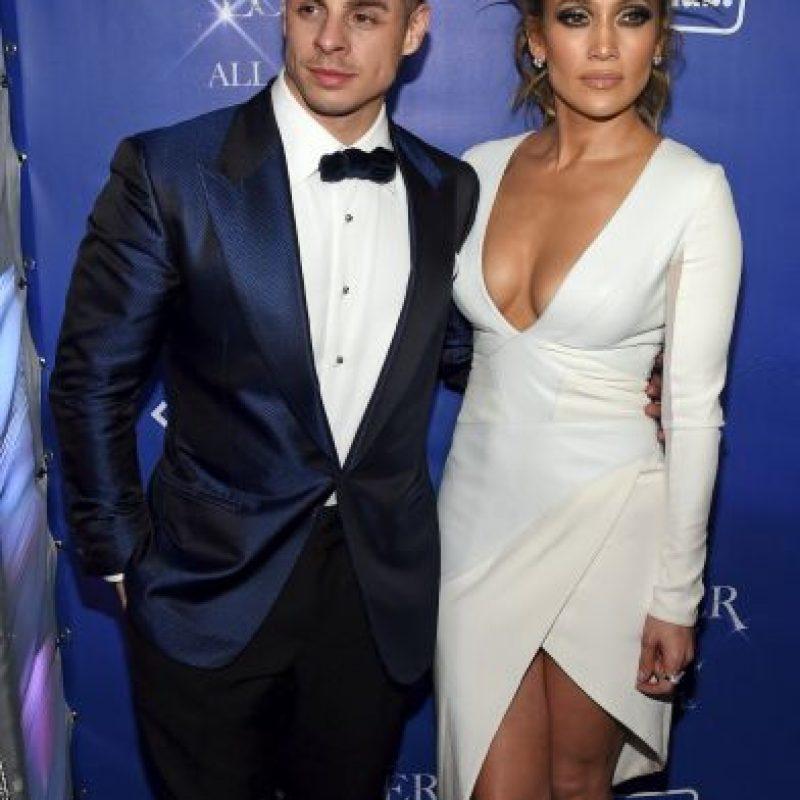 Casper Smart. Es la actual pareja de Jen, ella es 18 años mayor que él Foto:Getty Images