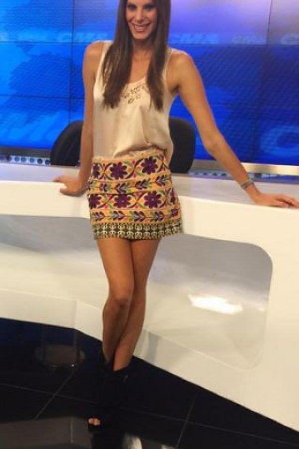 Julietas Piñeres, presentadora de CM&, fue una de las famosas colombianas que se unió a la campaña liderada por Natalia Ponce de León llamada #NoMásMáscaras. Foto:https://www.instagram.com/julietapineres/