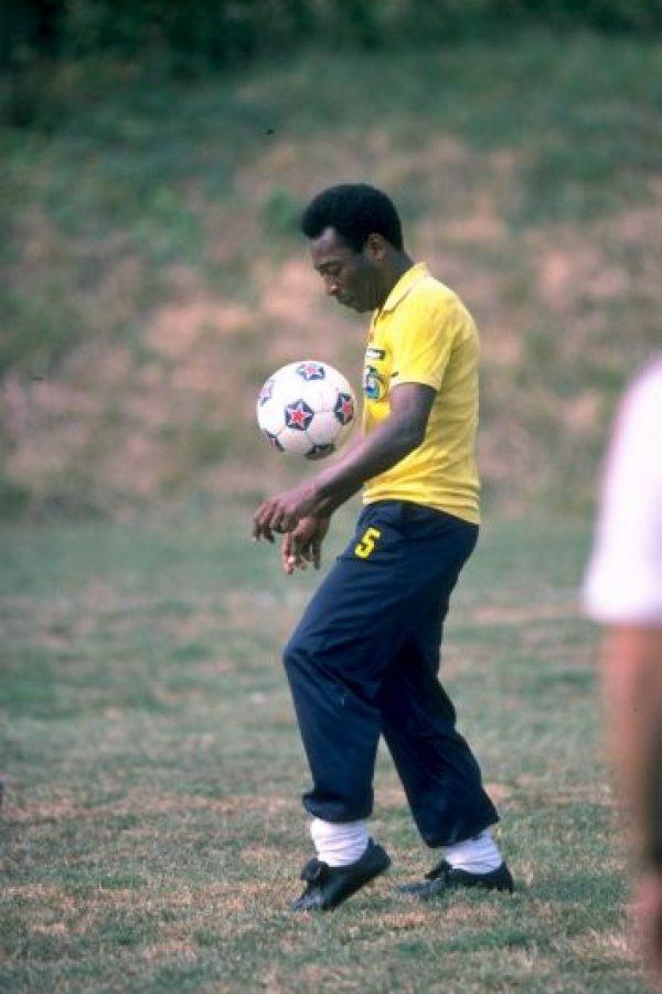 Es considerado uno de los mejores futbolistas de la historia. Foto:Getty Images