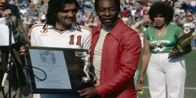 A pesar de su talento, nunca jugó por un club europeo. Claro, eran otros tiempos. Foto:Getty Images