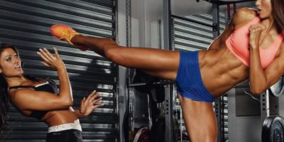 Es una entrenadora fitness célebre por su embarazo. Foto:vía Instagram