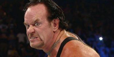 """En tanto, el """"Enterrado"""" se ha fortalecido en el gimnacio Foto:WWE"""