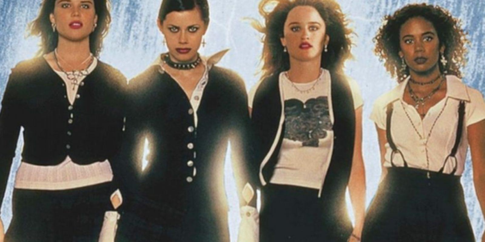 """""""Jóvenes Brujas"""", o """"The Craft"""", fue una película adolescente de 1996. Foto:vía Columbia Pictures"""