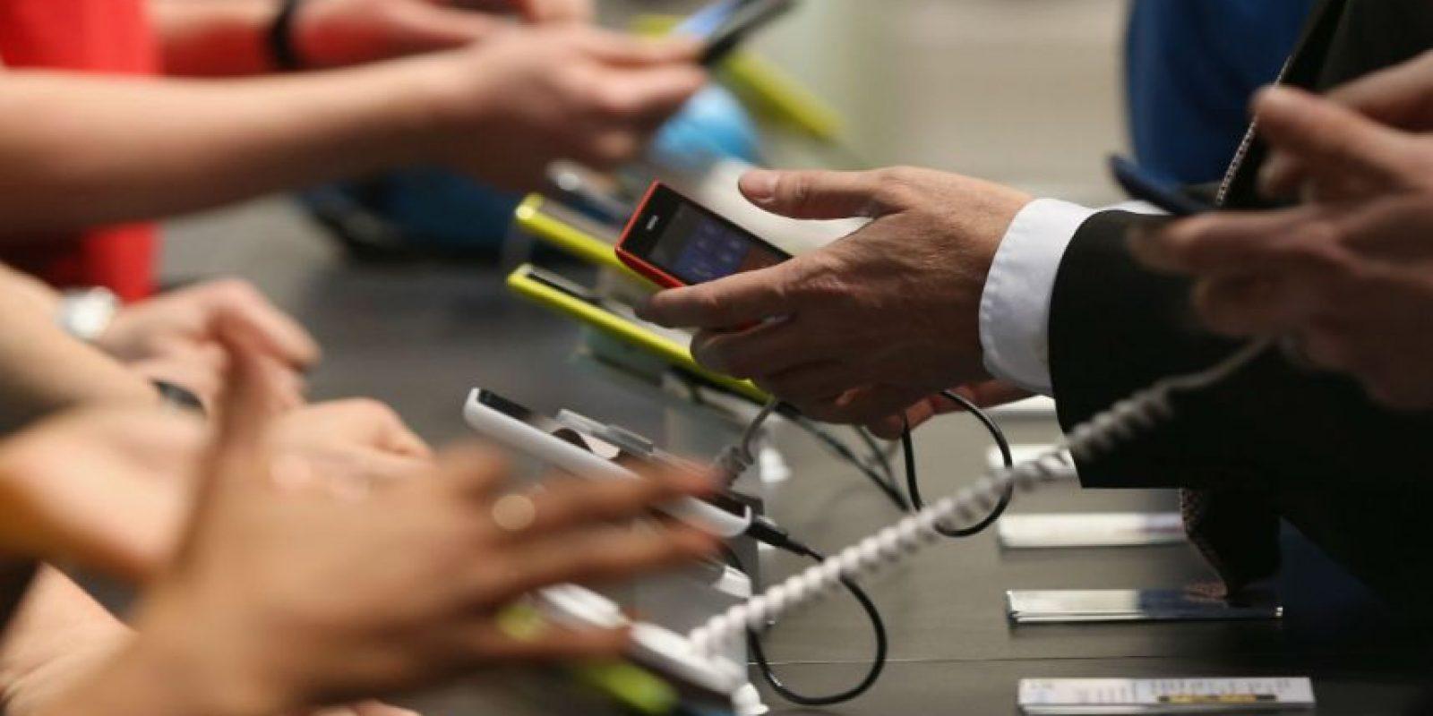 Una de las grandes fobias de la actualidad es que se acabe la batería del móvil y no tener la opción de cargarlo. Foto:Getty Images