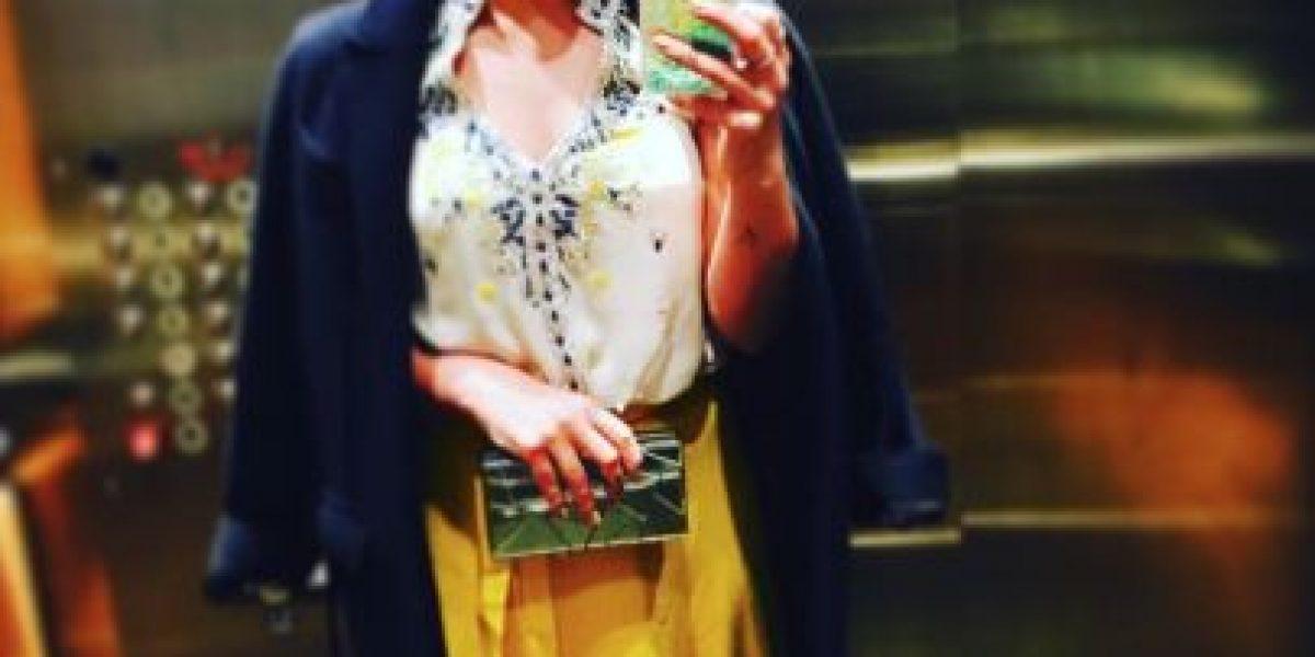 Hilary Duff recomienda su outfit en Instagram y recibe insulto