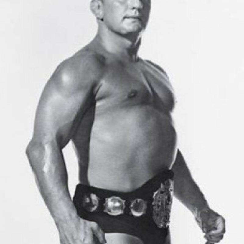 Buddy Rogers. Inducido en 1994, ganó el Campeonato de WWWF en una ocasión. Falleció el 26 de junio de 1992 Foto:WWE