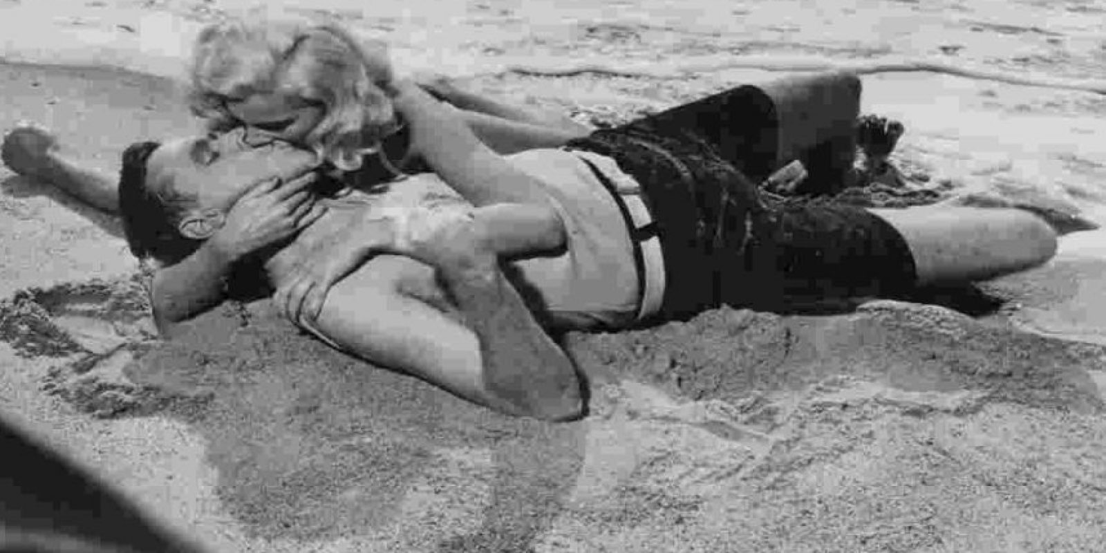 En la antigüedad, el beso se concebía como un camino hacia el alma. Foto:Getty Images
