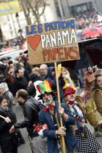"""Fue entonces que el periodista Bastian Obermayer contestó: """"Nos interesan mucho"""". Foto:AFP"""
