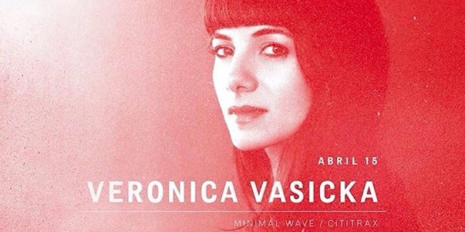 La Dj Verónica Vasicka (fundadora de Minimal Wave Records) en Mansión Club. Foto:Cortesía Mansión Club.