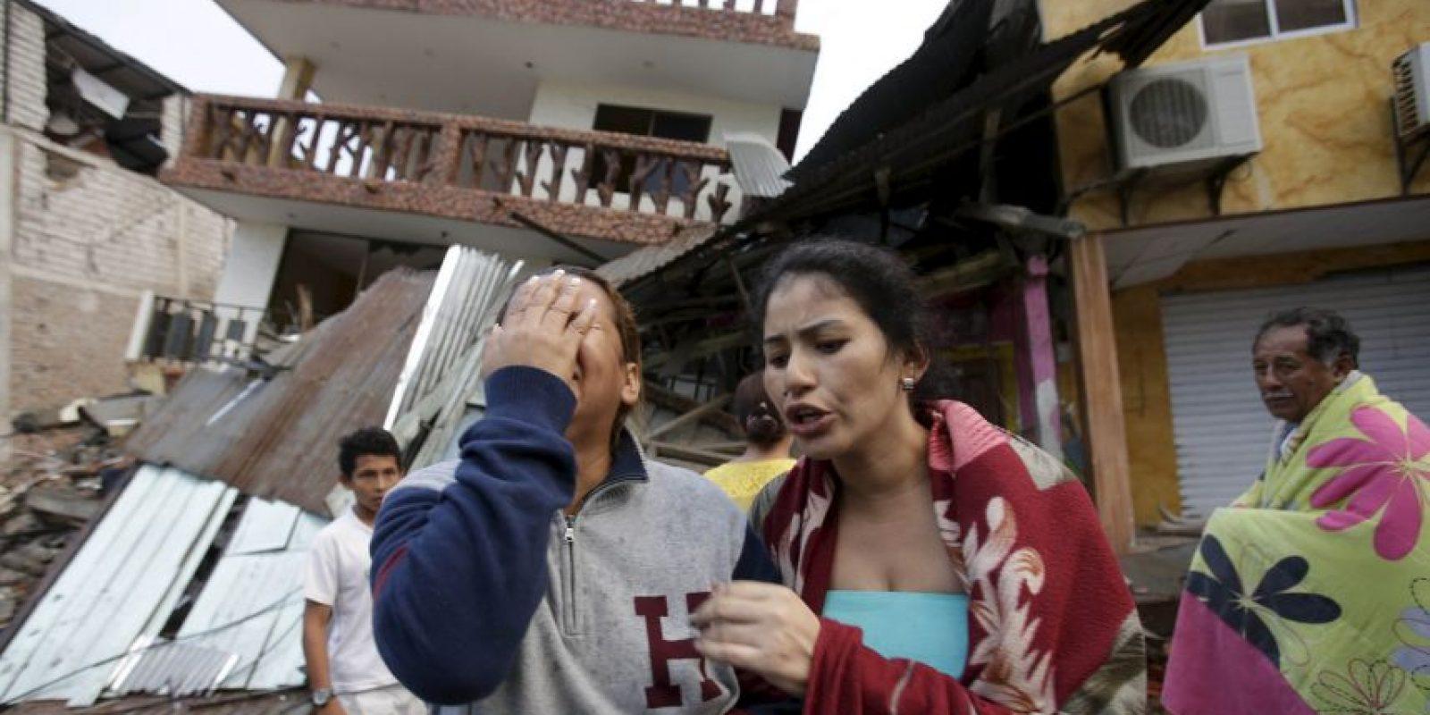 Así amaneció en Ecuador tras el sismo magnitud 7.8 que causó 77 muertes Foto:AP