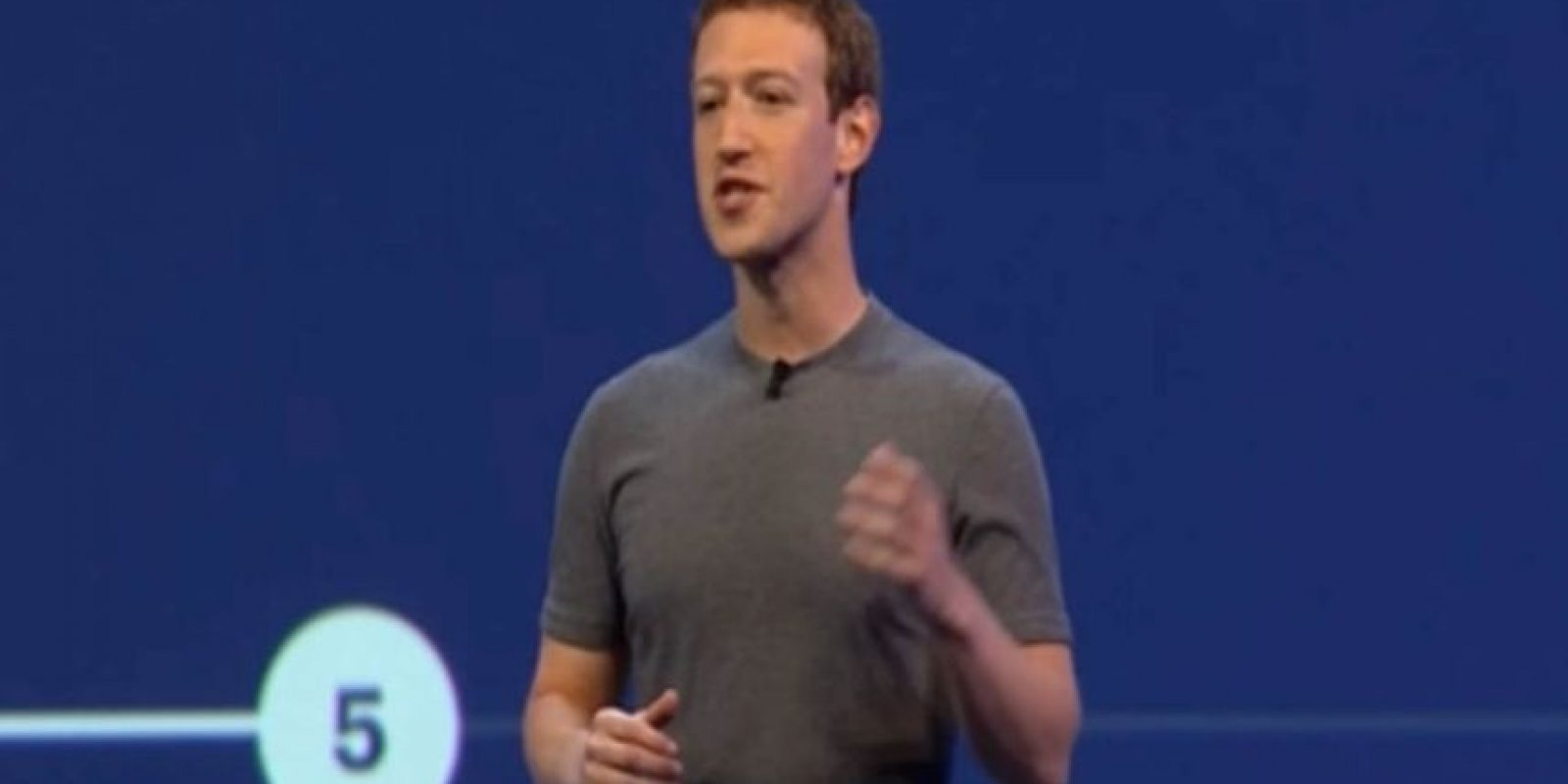 En ella, Mark Zuckerberg anunció los bots para Facebook Messenger. Foto:F8