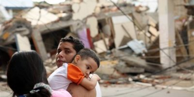 Decenas de edificios colapsaron. Foto:AP