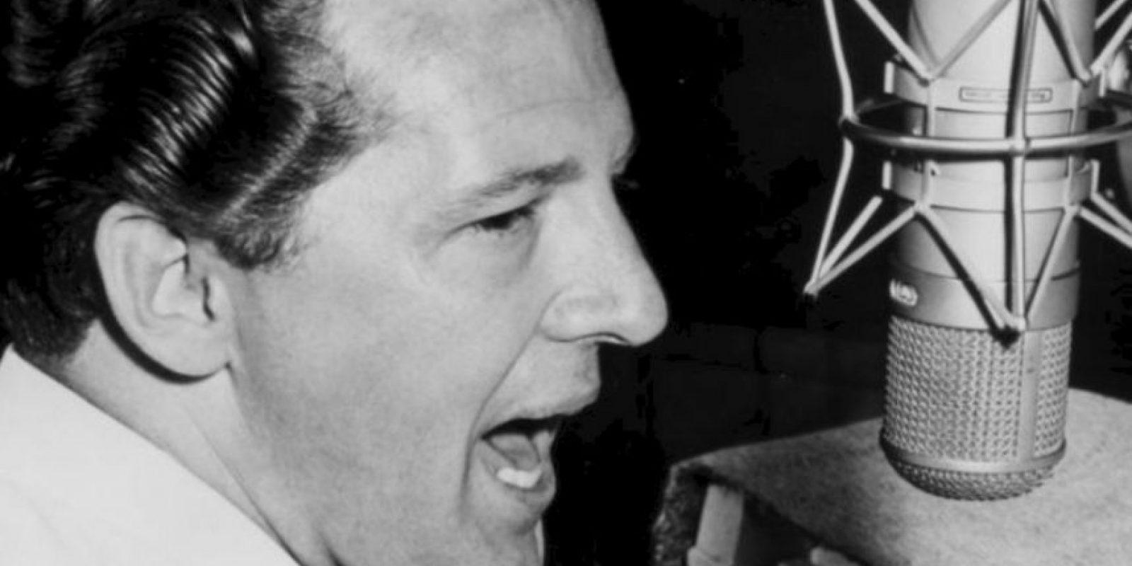 Jerry Lee Lewis: El ícono del rock se casó con su prima Myra Brown, de solo 13 años. Fue un escándalo total para la época (finales de los años 50) y eso arruinó la vida profesional del rockero. Foto:vía Getty Images