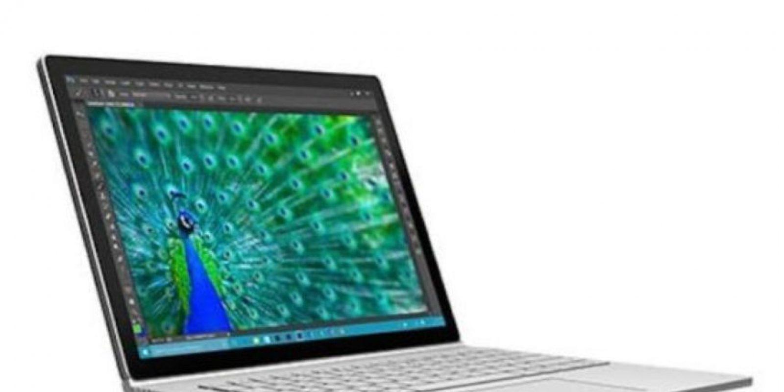 Sin embargo, los 4GB de RAM en la MacBook son superados por los 8 y hasta 16GB de esta memoria en la Surface Book. Foto:Microsoft