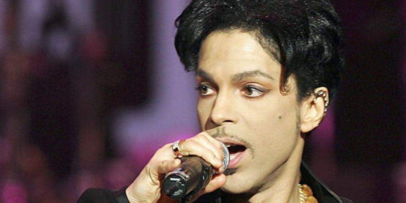 Dicen que lo trataron seis días antes de su muerte por sobredosis de drogas. Foto:vía Getty Images