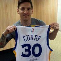 Lionel Messi y Stephen Curry comparten algo: Son considerados los mejores del mundo en sus deportes. Foto:Vía instagram.com/leomessi