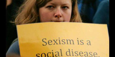 El acoso a las mujeres mediante las redes sociales es cada día más grave. Foto:Getty Images