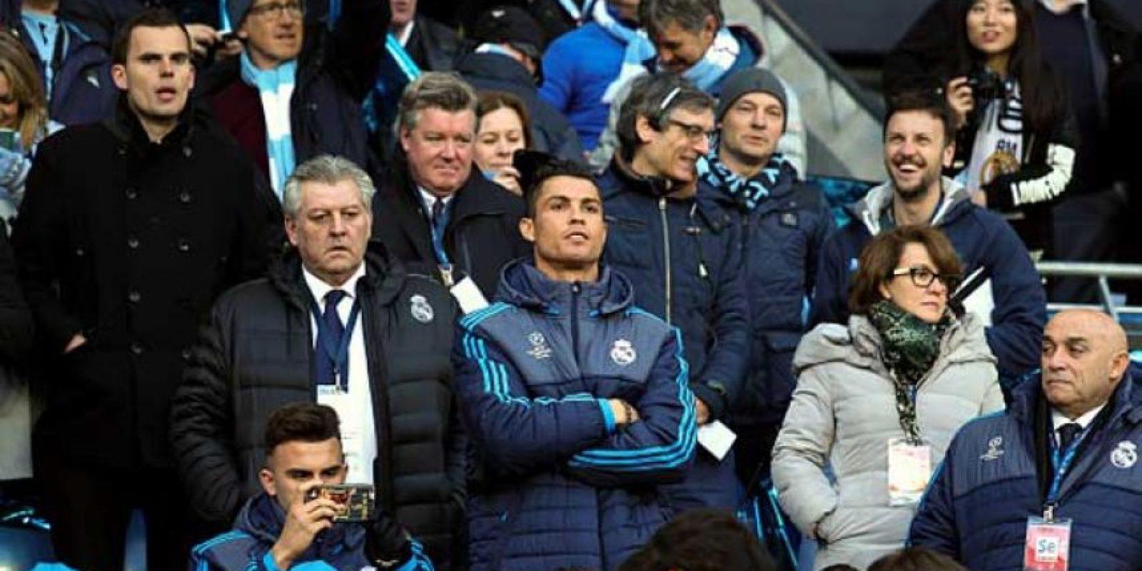 Y tras una resonancia, Cristiano ni siquiera apareció en el banquillo ante Manchester City. Foto:Getty Images