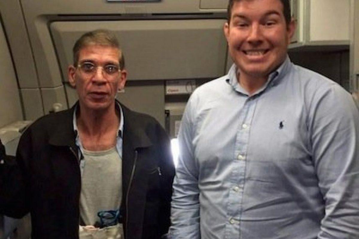 4. Un hombre se tomó un selfie con un supuesto suicida Foto:Twitter