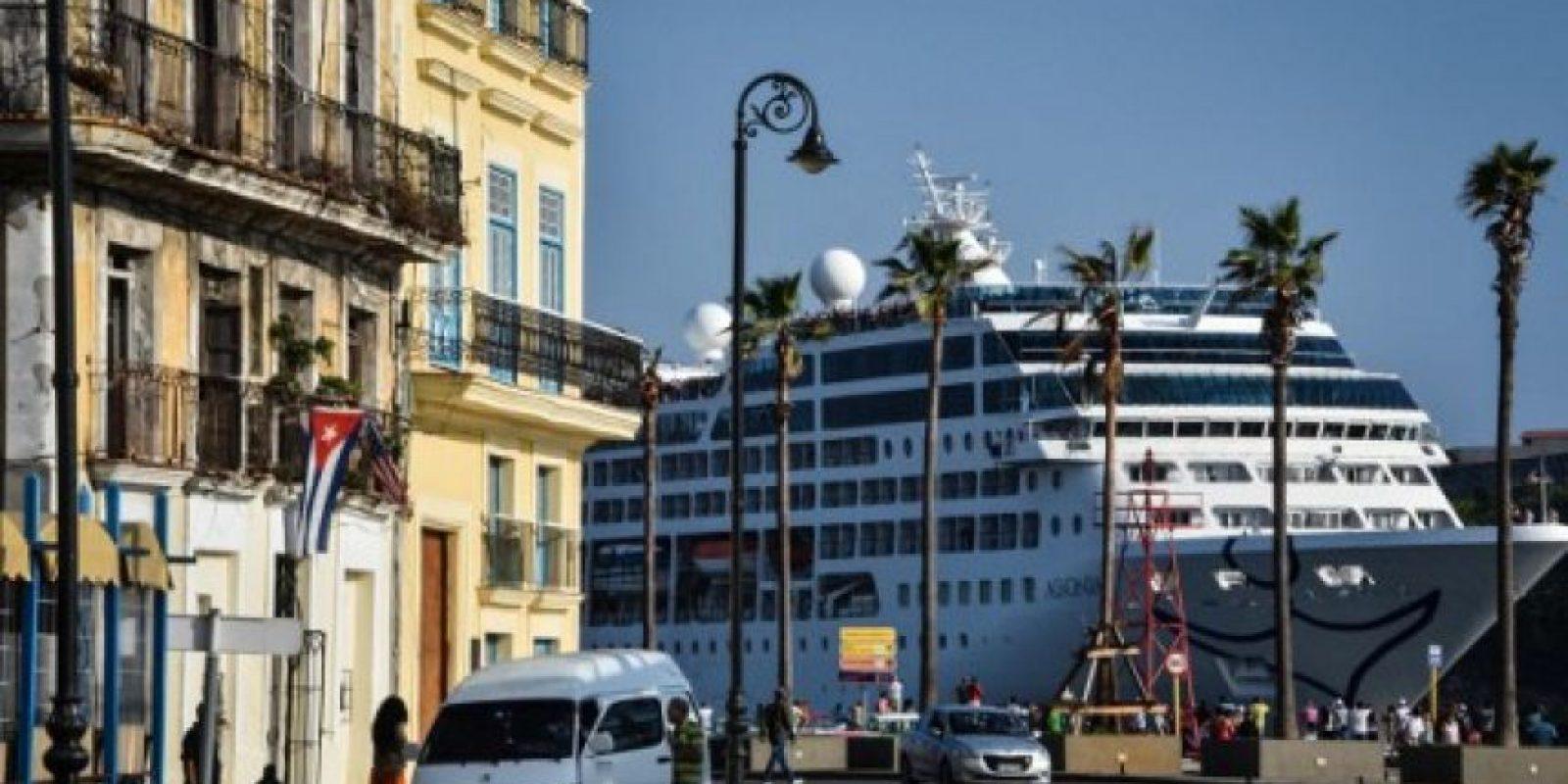 El viaje fue posible después de que se permitiera embarcar a ciudadanos de la isla. Foto:AFP