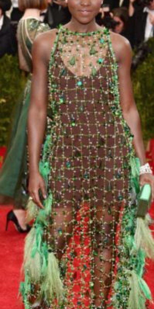 """Lupita Nyong'o y su tema """"la ecología"""" en representación de los niños de Tercero B. Foto:vía Getty Images"""