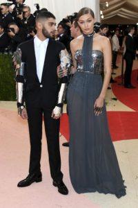 La modelo lució un vestido de Tommy Hilfiger Foto:Getty Images