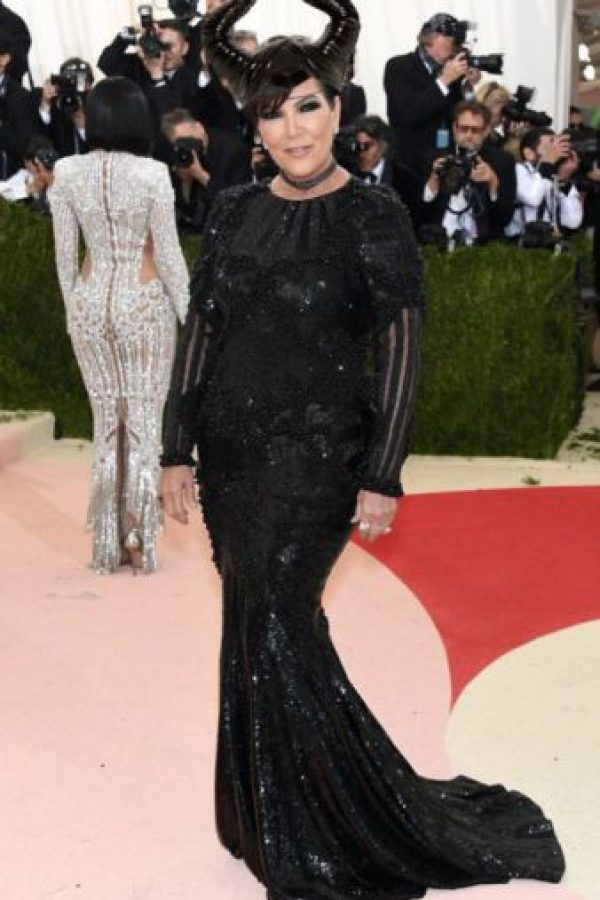 Kris Jenner como Maléfica. Que no era cosplay. Foto:vía Getty Images