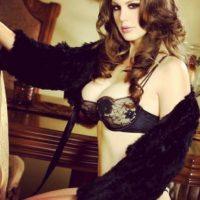 Su nombre real es Paula McQuone Foto:Vía instagram.com/mckenzie_lee_official