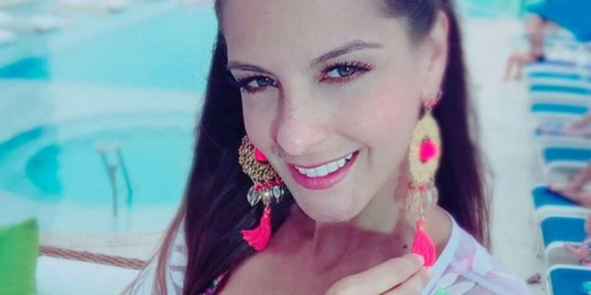 La presentadora Laura Acuña confirma su embarazo en televisión