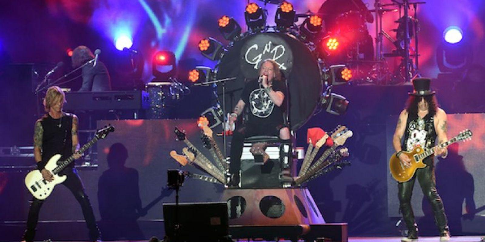 """6.- Los gemidos de la canción """"Rocket Queen"""", fueron grabados por la ex-novia de Steven Adler. Foto:Getty Images"""