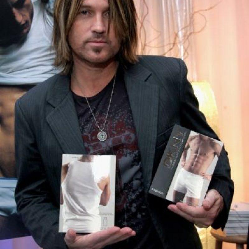 El padre de Miley Cyrus. Con sus mechas gigantes. Todo él. DILF. Groar. Foto:vía Getty Images
