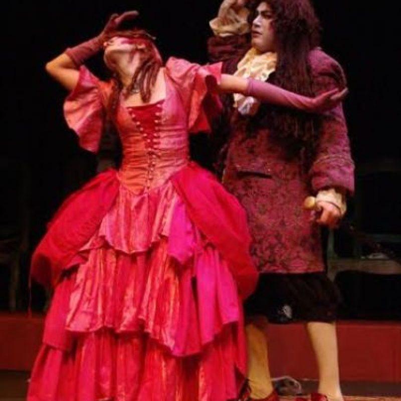 La obra 'Escuela de Mujeres' de Molière, que aborda el tema que más le preocupa a los hombres: la infidelidad. Foto:Cortesía Pequeño Teatro de Medellín.