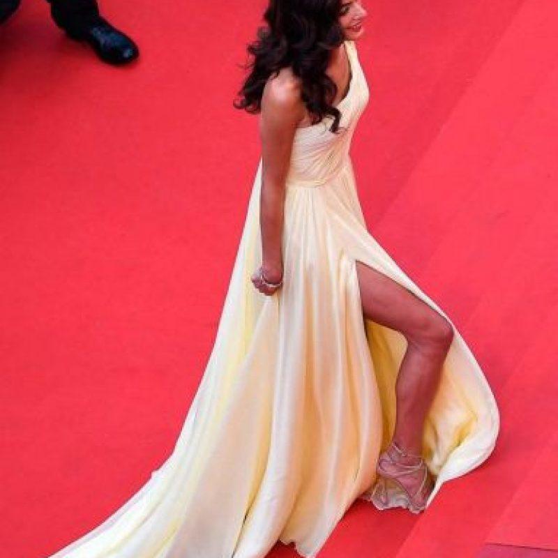 Tuvo varios problemas con su vestido Foto:Getty Images
