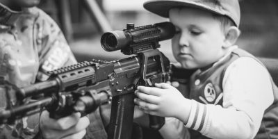 Cada 5 minutos un niño muere a causa de la violencia Foto:Pixabay