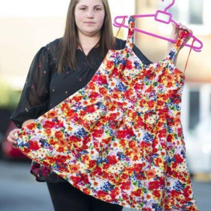 Rebecca Gallagher compró un vestido en la cadena Primark. Foto: Servicio de Noticias de Gales