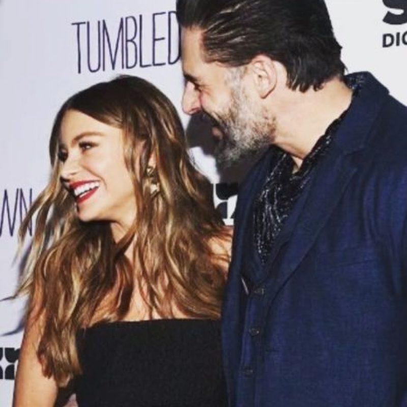 Al parecer ambos están felices con haber caminado al altar. Foto:Vía Instagram/@sofiavergara