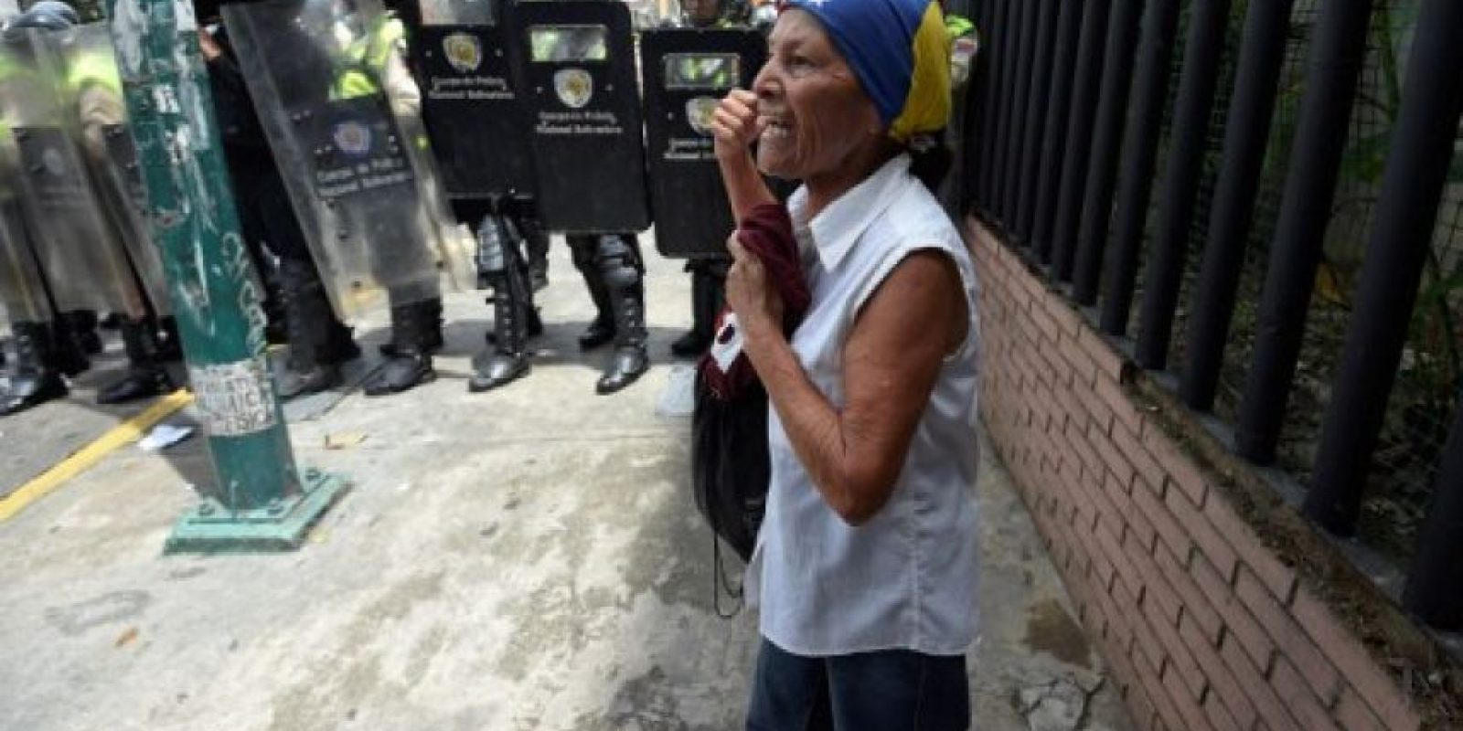 Como respuesta Maduro declaro estado de excepción en todo el país. Foto:AFP