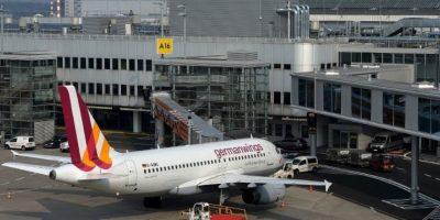 El 24 de marzo de 2015, el copiloto Andreas Lubitz estrelló intencionalmente el Airbus A320 en los Alpes Franceses, esto durante un vuelo de Barcelona a Düsseldorf. Murieron 150 personas. Foto:Getty Images