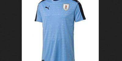 Foto:Tomado de http://es-us.puma.com/en_US/pd/2016-uruguay-home-replica-shirt/pna749035.html?dwvar_pna749035_color=01#q=uruguay&start=2