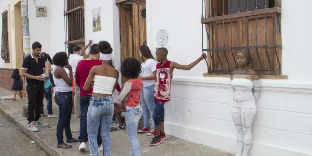 Con 'body painting' pidieron preservar patrimonio arquitectónico de San Antonio