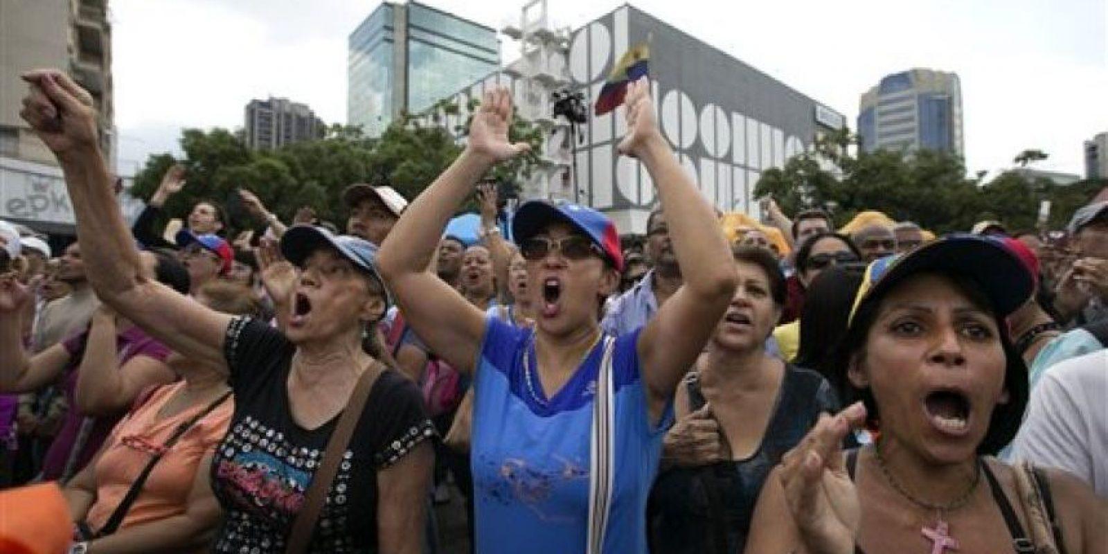 Ha pedido a la oposición que deje de molestarlo y lo dejen trabajar tranquilo. Foto:AP