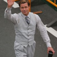 "Brad Pitt en la grabación de ""Allied"". Foto: Grosby Group"