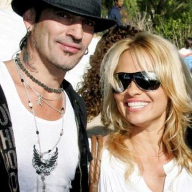 Pamela Anderson y Tommy Lee también protagonizaron varias peleas. Foto:vía Getty Images