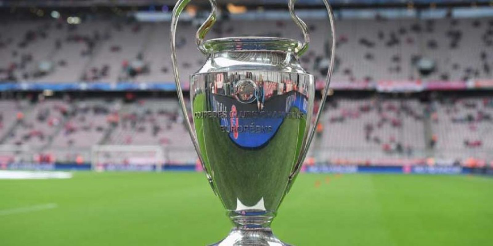 Fue diseñada en 1966 por el joyero suizo Jörg Stadelman, para sustituir el trofeo original de la Copa de Europa que fue entregado al Real Madrid. Foto:Getty Images