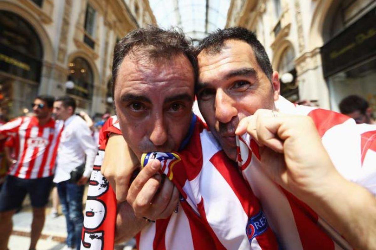 """Los """"colchoneros"""" muestran el amor y la lealtad que le tienen a su equipo. Foto:Getty Images"""